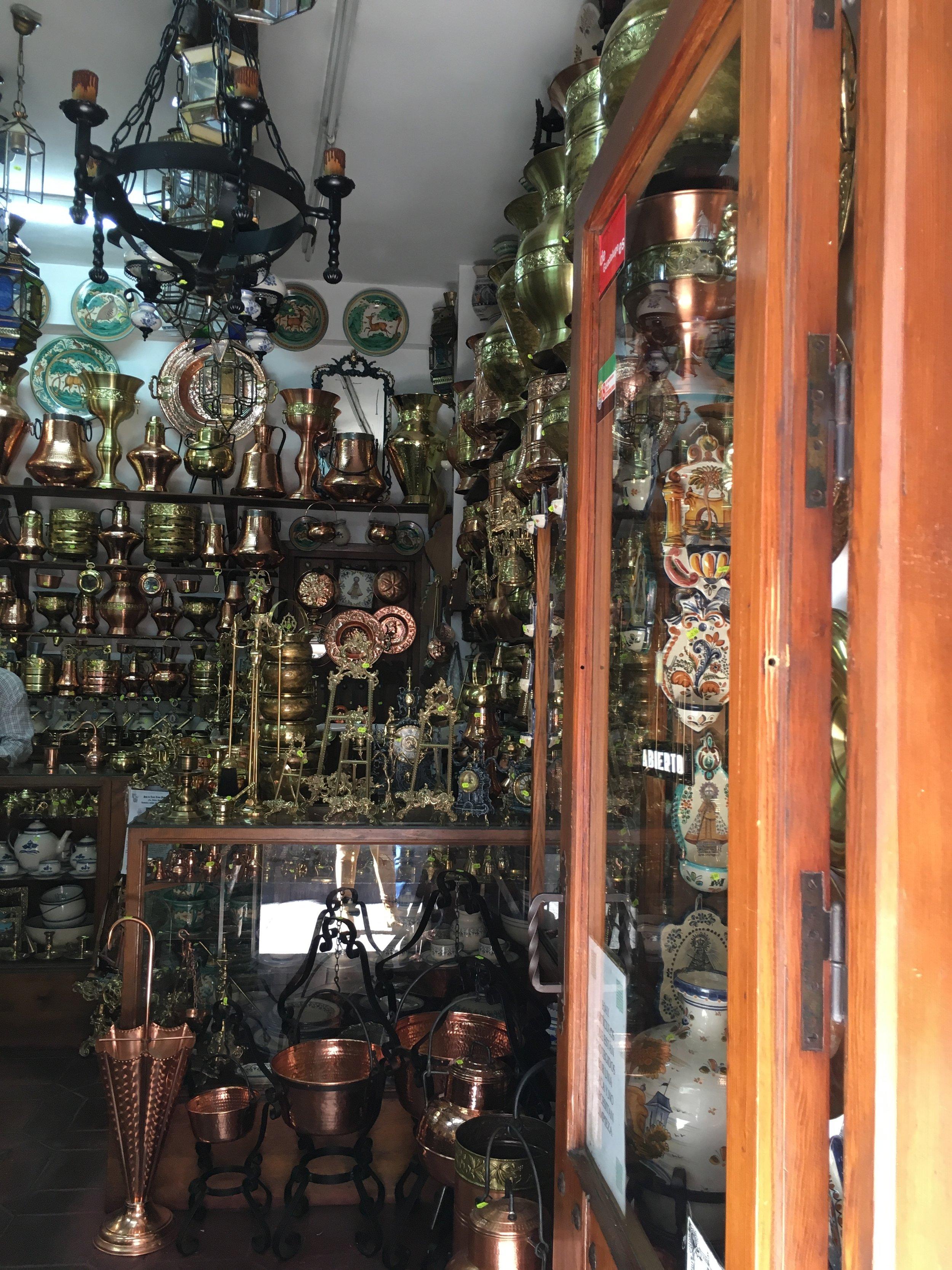 Typical shop in Guadalupe/ Tienda típica de Guadalupe