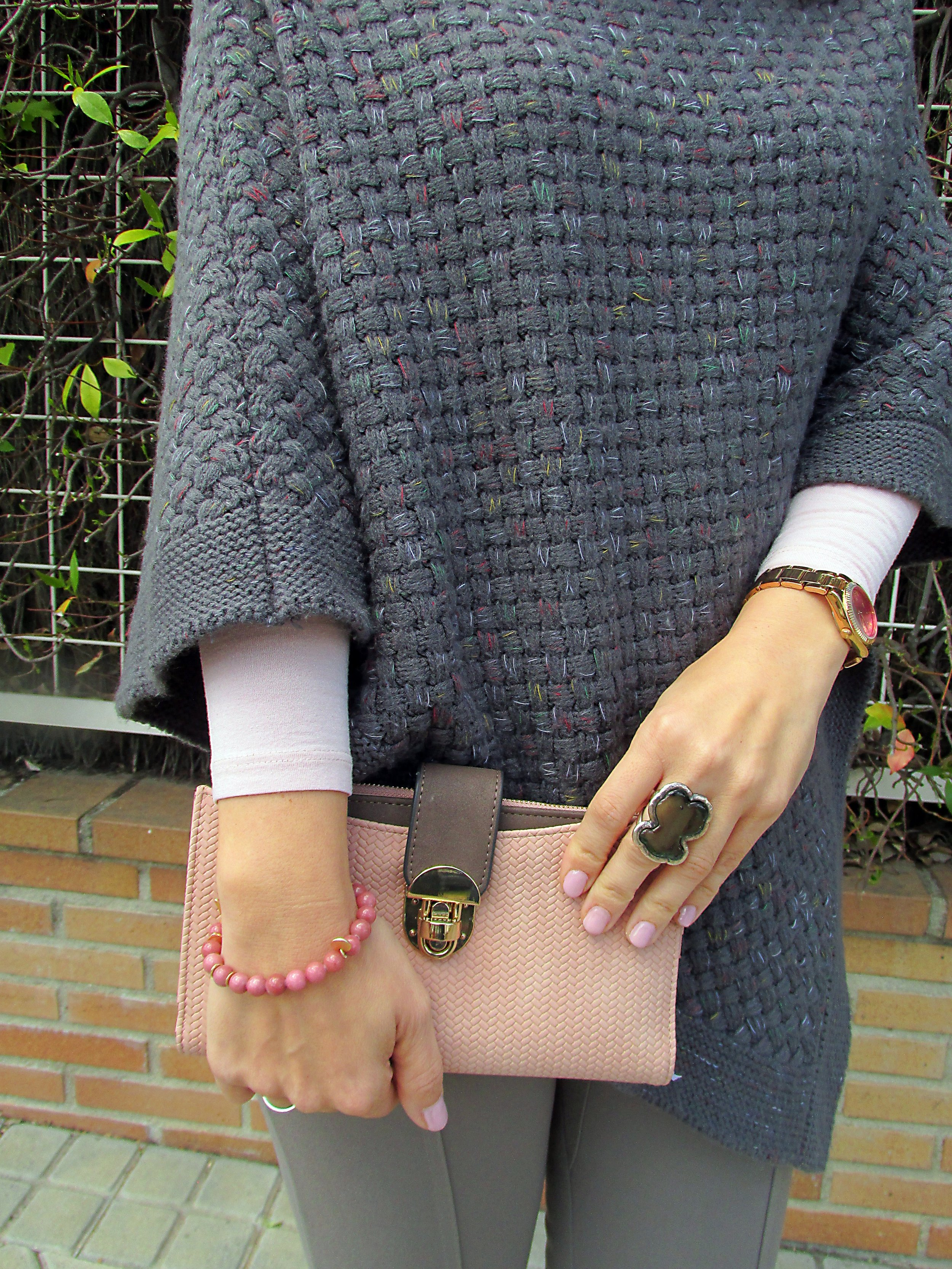 details accessories