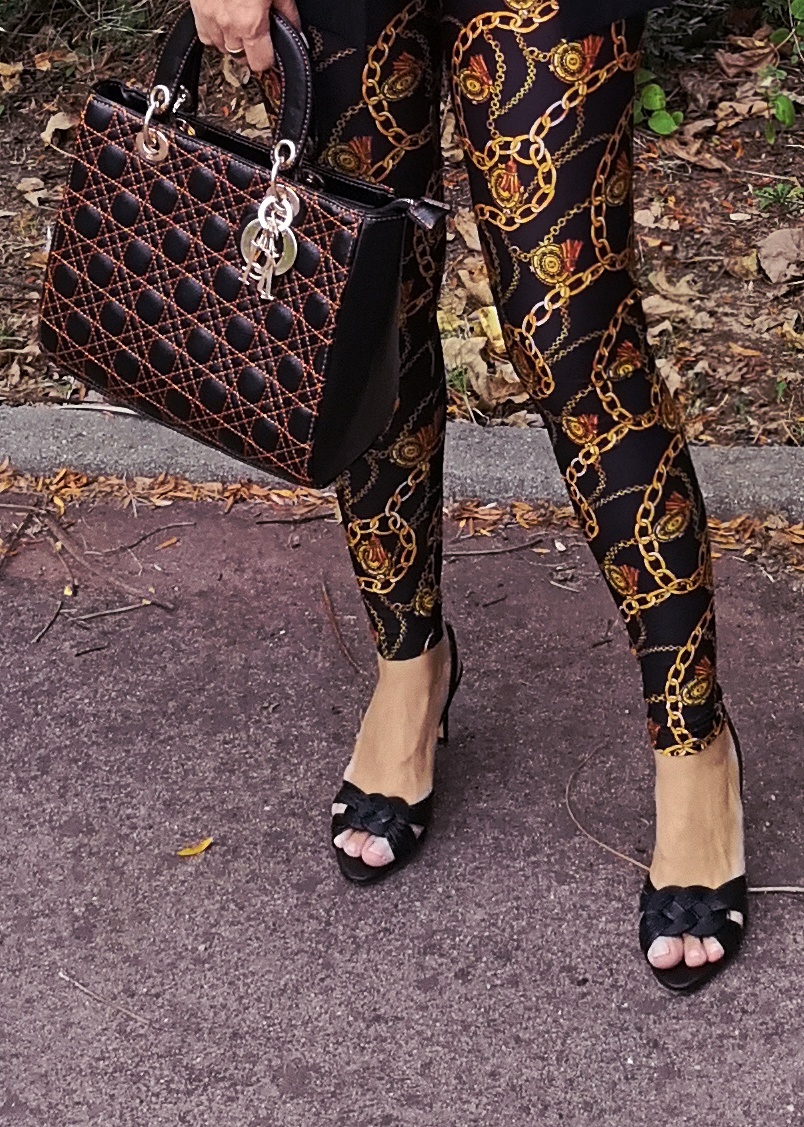 details-versace-style