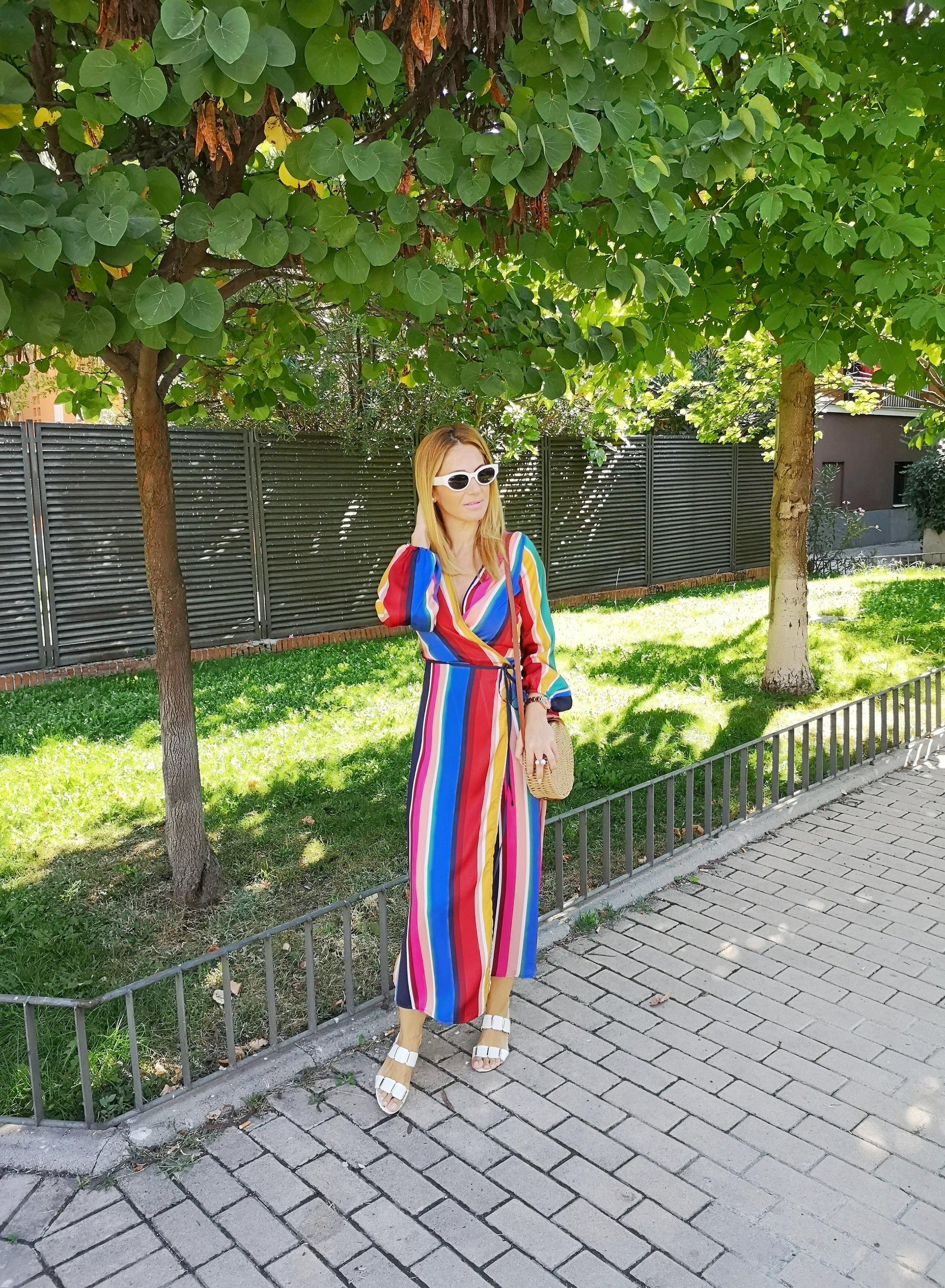 vestido-de-rayas-multicolor