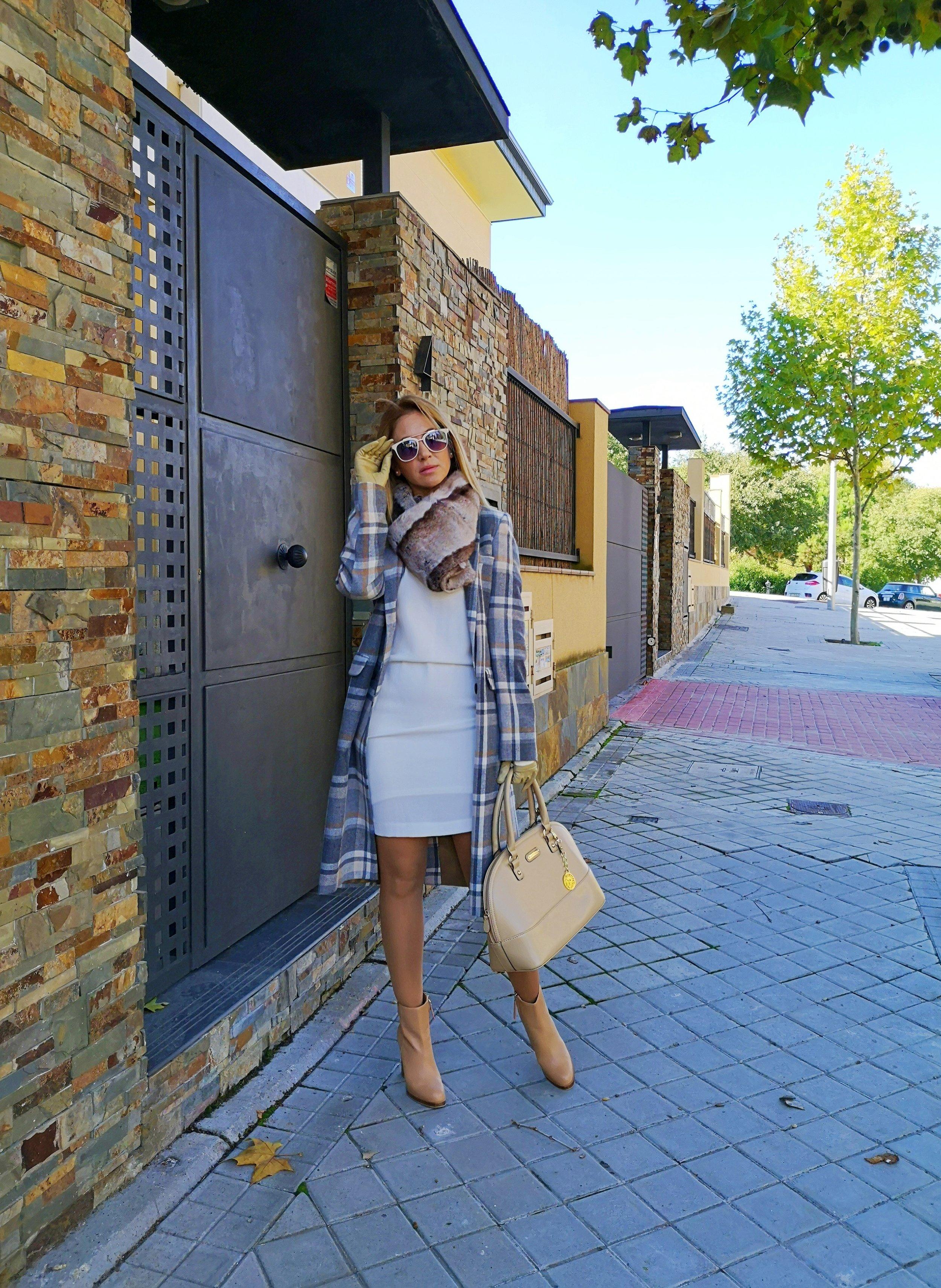 check-coat