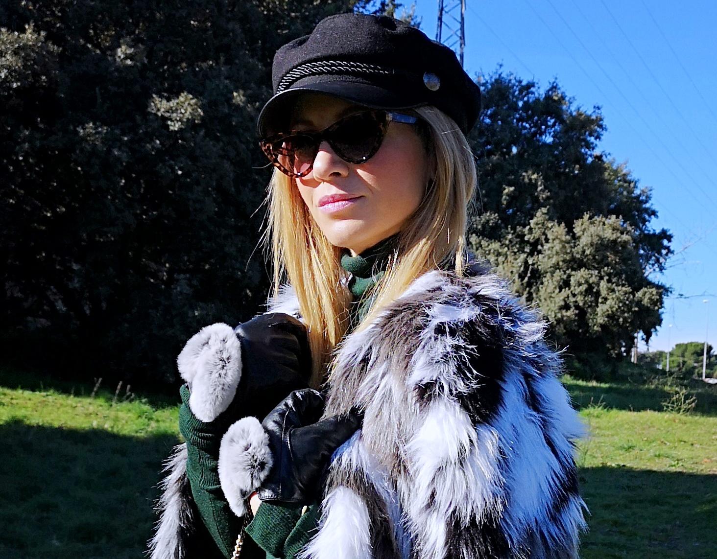 navy-cap-fur-coat