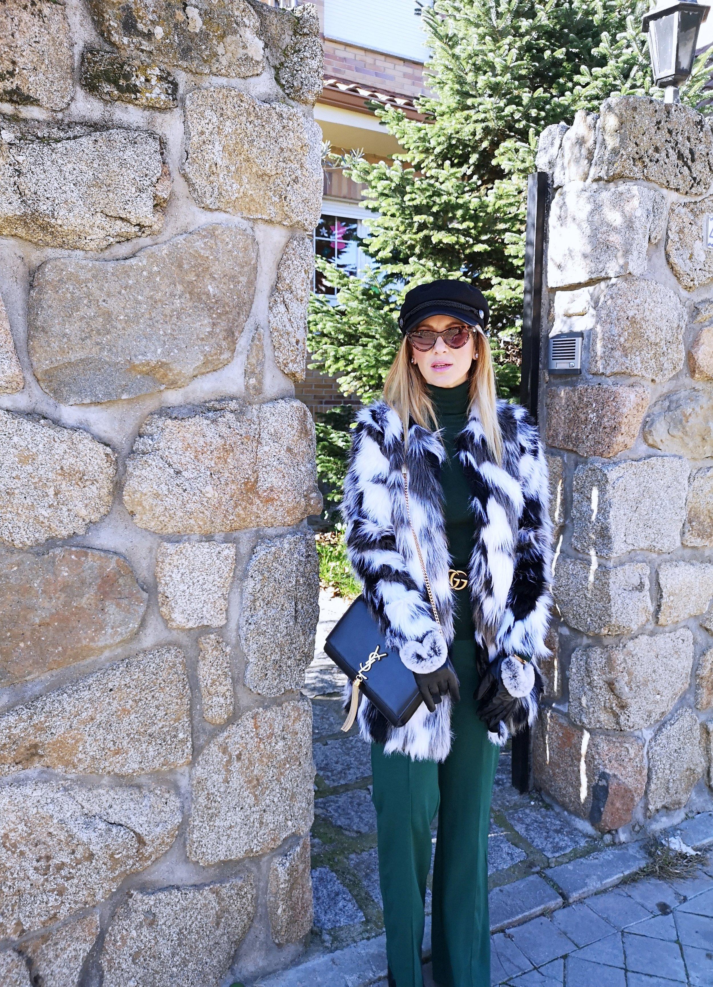 fur-coat-black-and-white