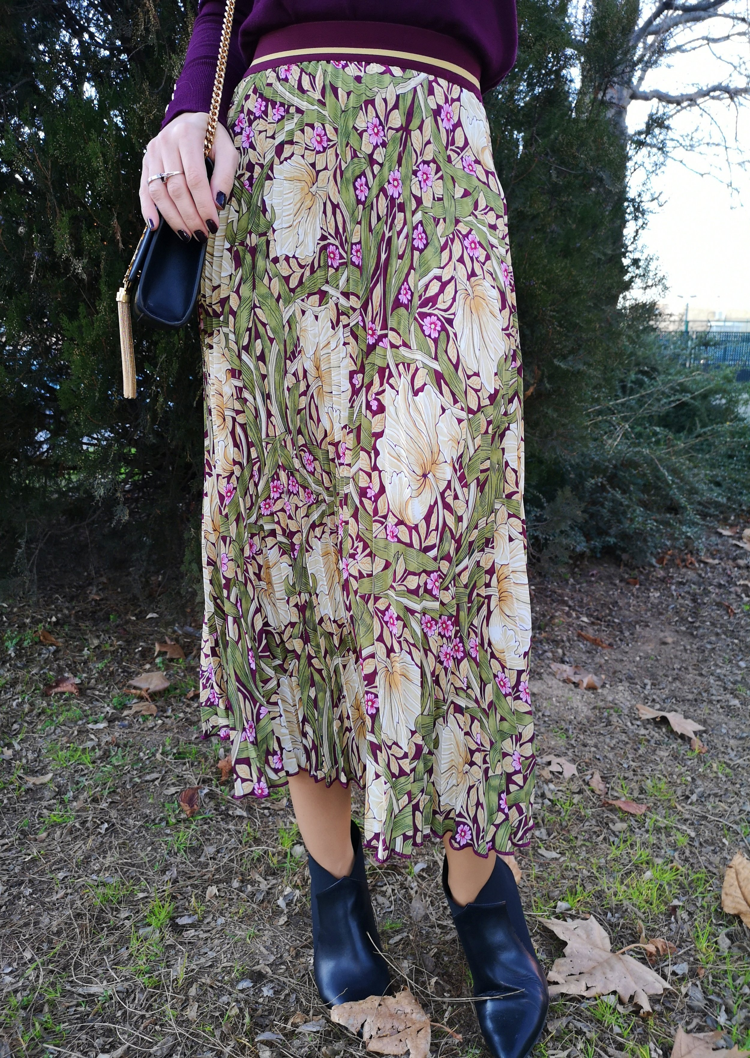 pleated skirts Morris & CO