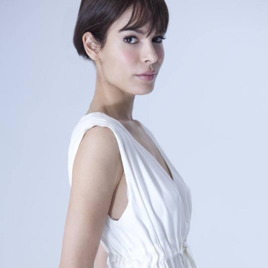 Actress/Writer @nadinevelazquez