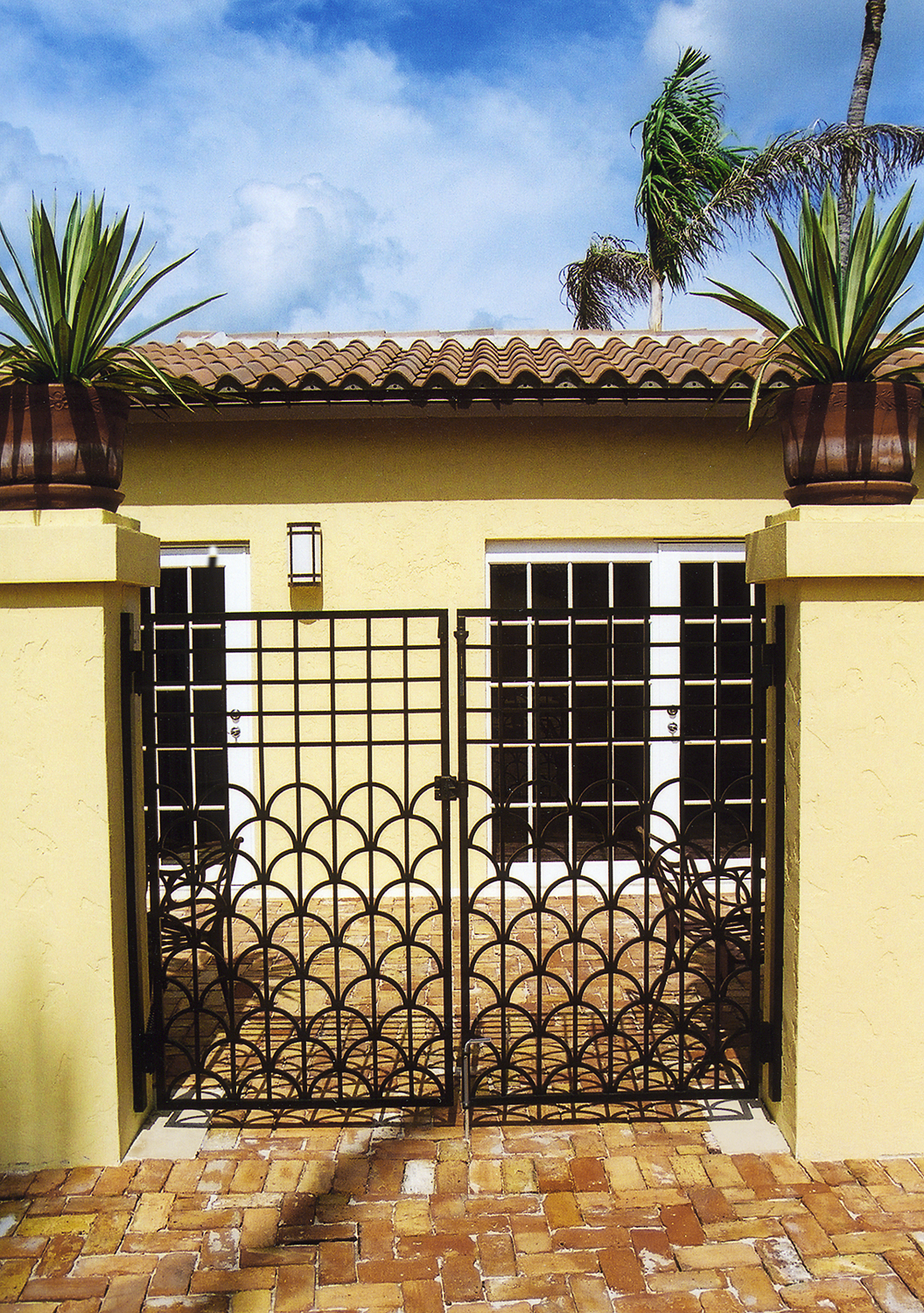 architectural_metal_gates_07.jpg