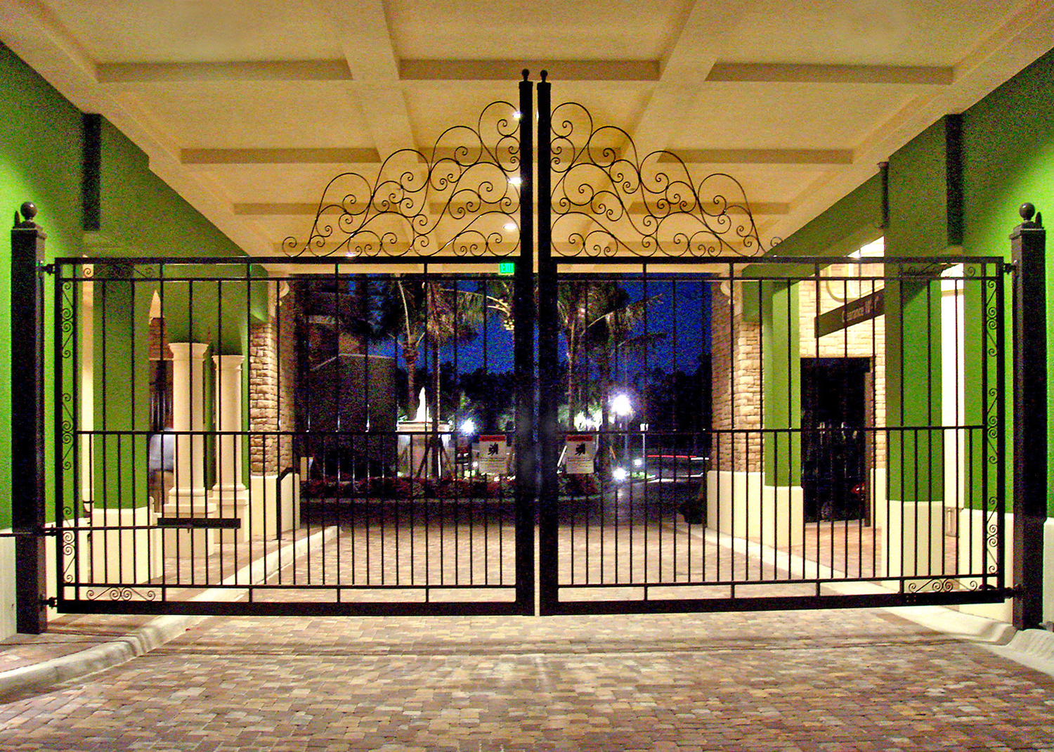 architectural_metal_gates_10.jpg