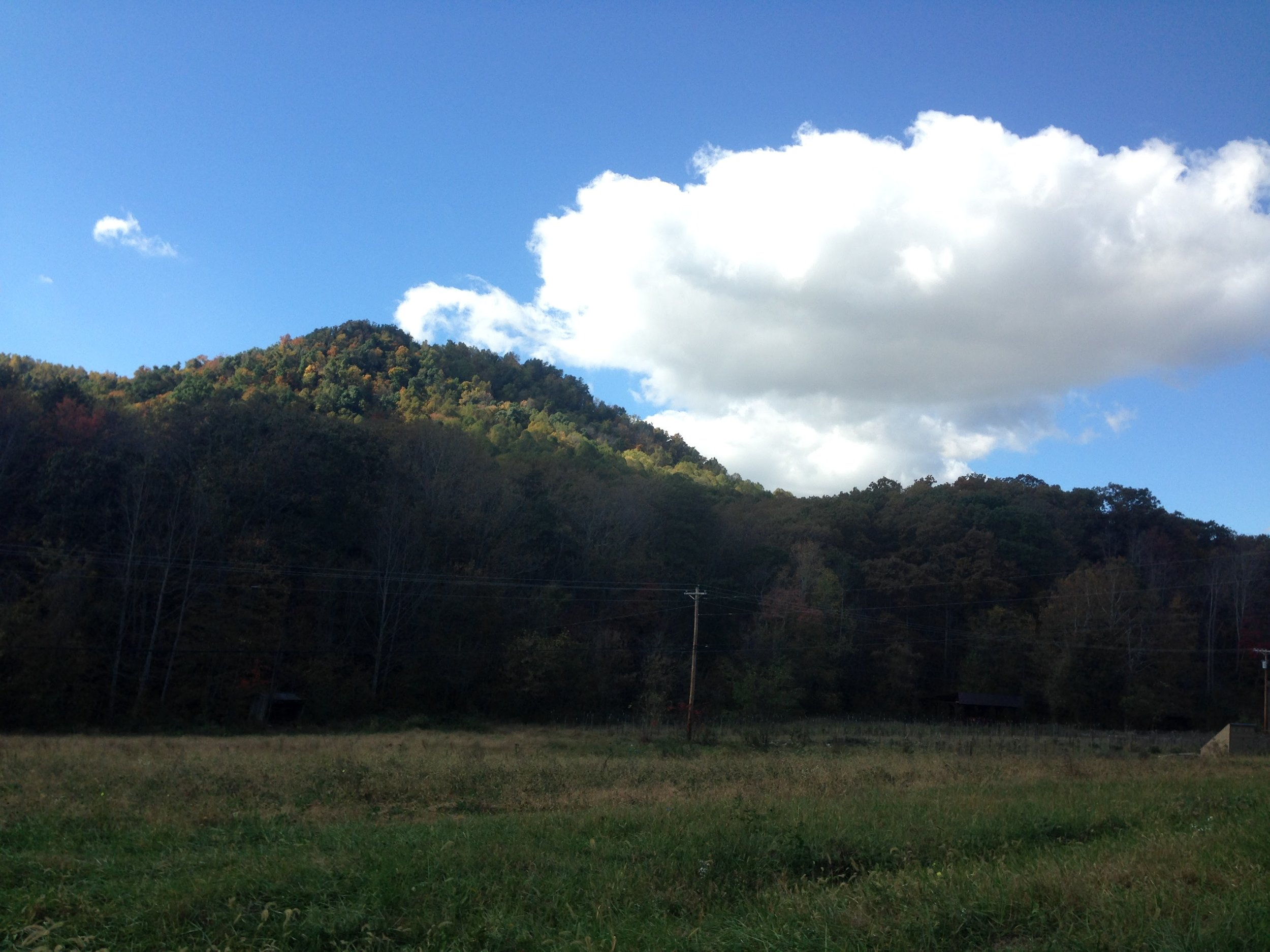 This is Robe Mountain. The Bests own the north face. Daniel and Squire Boone came around it (between it and Mason Mountain) as they were exploring the Kentucky frontier. We know this because Squire carved his name in a rock that now sits in the courthouse.