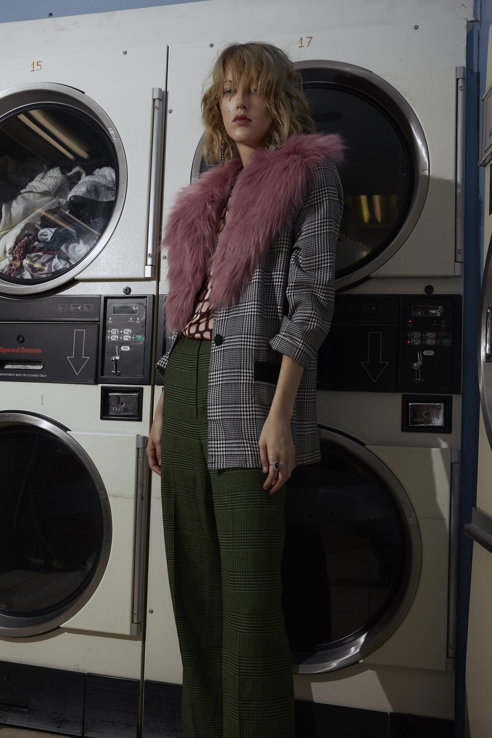 Drea_Laundry_Mat_7275.jpg