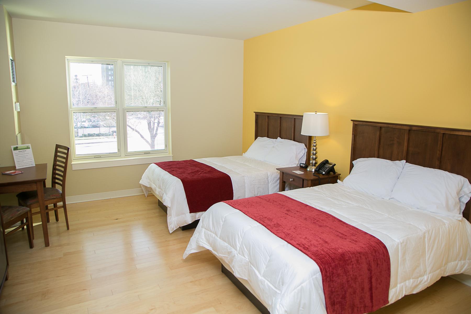 guest room 2.jpg
