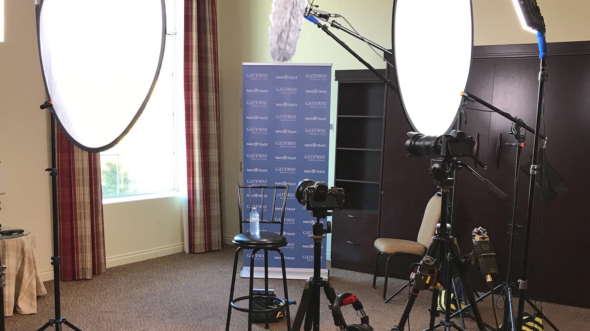 2-Camera presentation/interview -