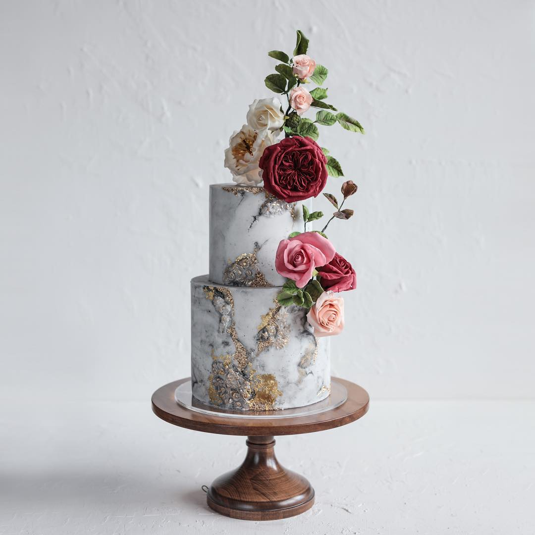 Blooms and stone wedding cake class