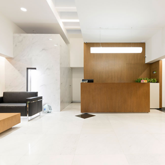 environments-stealth-mount-hotel-lobby-floor-650px-1.jpg