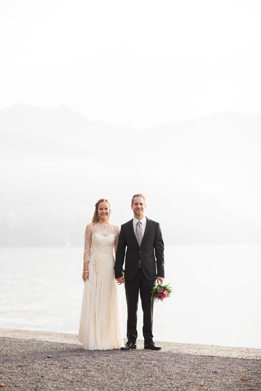 Schlichte Hochzeitsfotos im Reportagestil