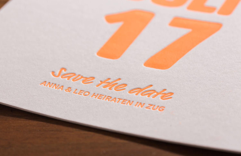 maleana-hochzeitskarten-mit-letterpress-neon-orange-007.jpg