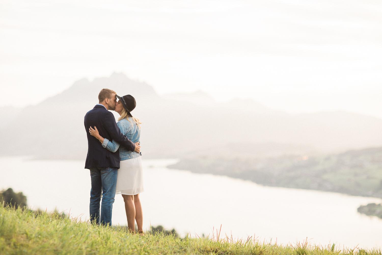 Romantische Verlobungsfotos in Luzern (Maleana Hochzeitsmanufaktur)