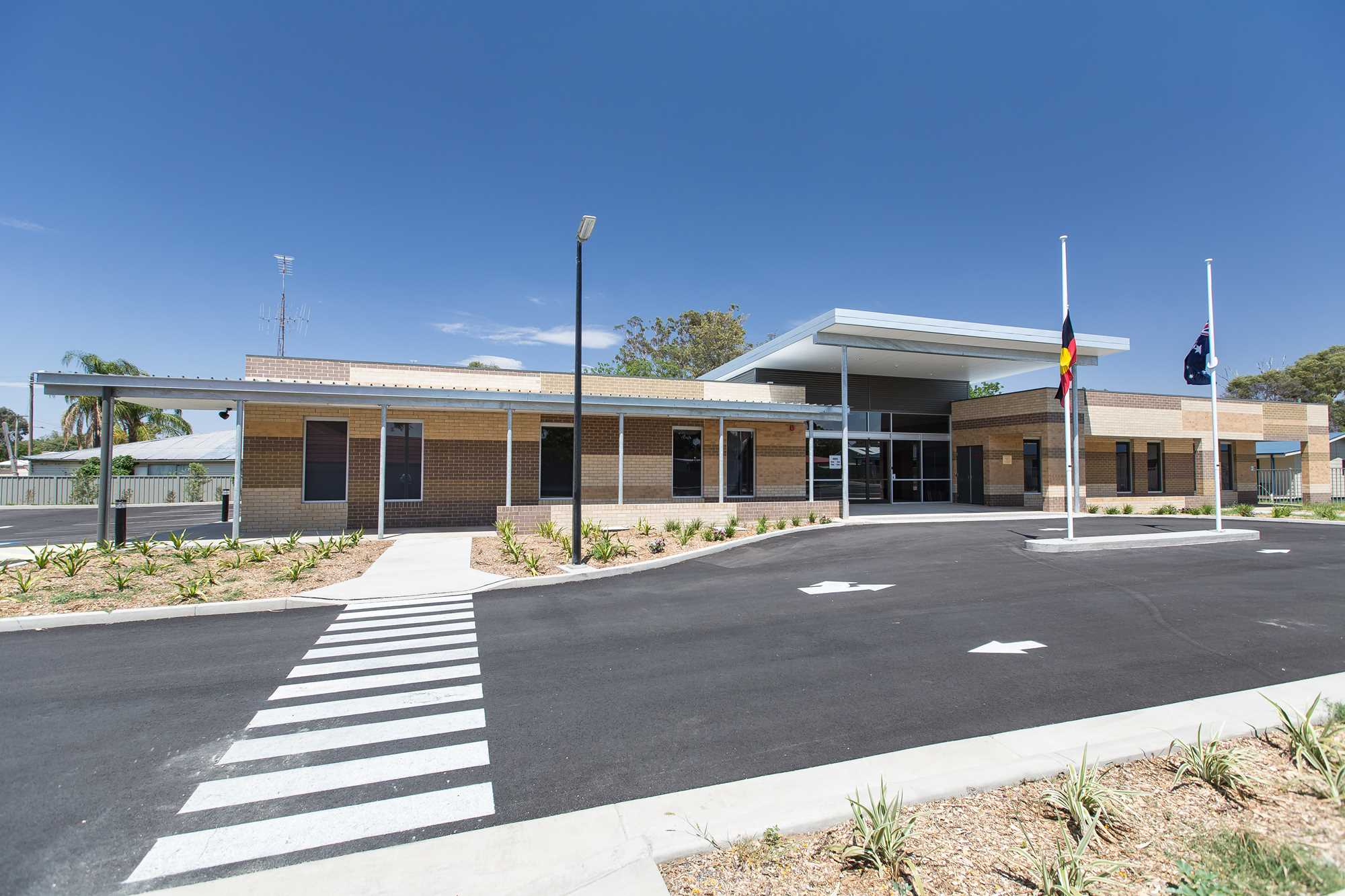 Walgett Aboriginal Medical Service 4