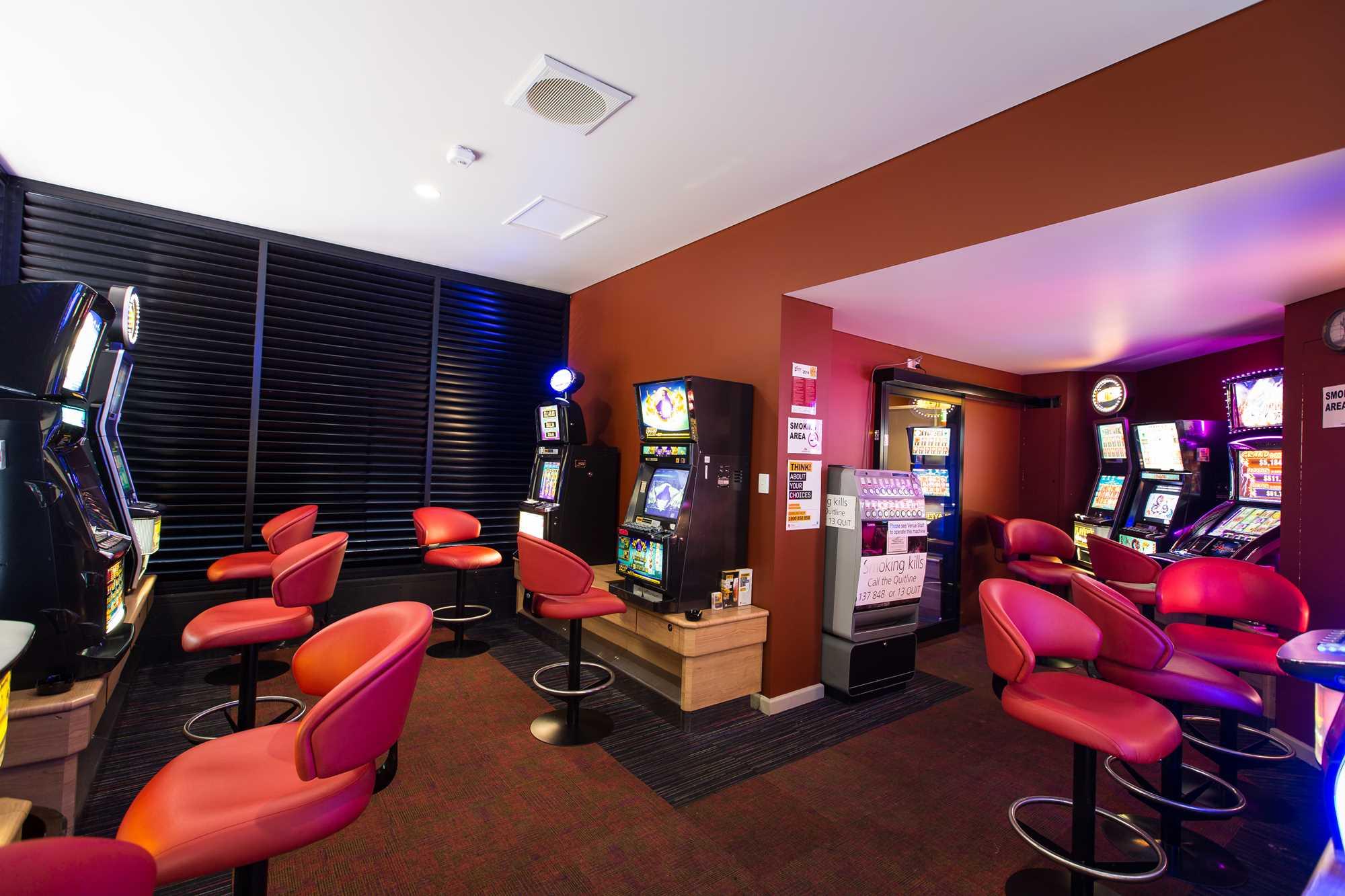 Castlereagh Hotel 6