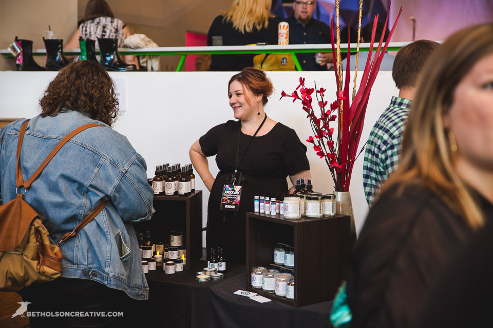 Knock-Out-Plus-Size-Event-Holocene-Portland-Commercial-Photography-BethOlsonCreative-061.jpg