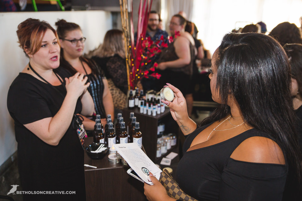 Knock-Out-Plus-Size-Event-Holocene-Portland-Commercial-Photography-BethOlsonCreative-300.jpg