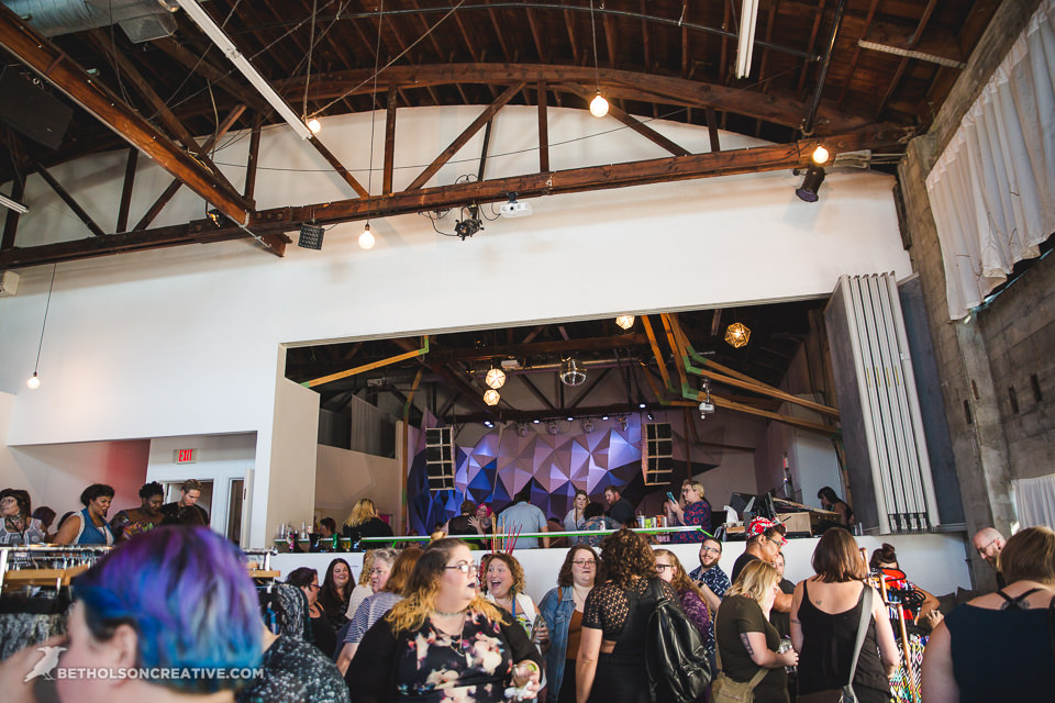 Knock-Out-Plus-Size-Event-Holocene-Portland-Commercial-Photography-BethOlsonCreative-310.jpg