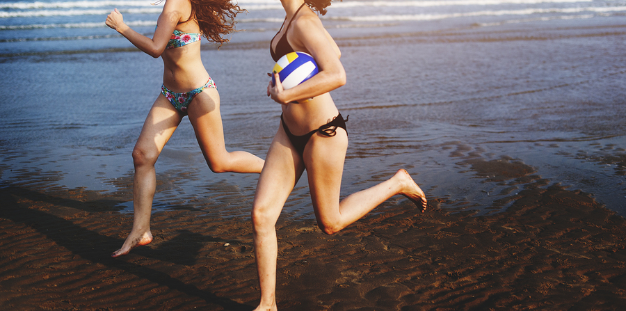 bigstock-Women-Friendship-Playing-Volle-137031842.jpg