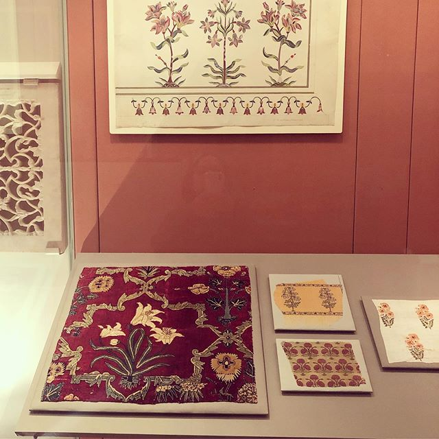 Throwback to my visit to @vamuseum couple of weeks back. Their galleries were mesmerising 🥰  This one from the 17th century 🙏🏼 talks about the development of the floral motif during the Mughal era in India.  Absolutely fascinating history ⏳ #mughal #floralmotif #vamuseum . . . . . #tbt #floralprint #textile #textiledesign #designinspiration #cotton #organic #sustainable #slowfashion #style #india #sourcing #homewares #handmade #handwoven #blockprint ##interiors #indotex #indotexaustralia