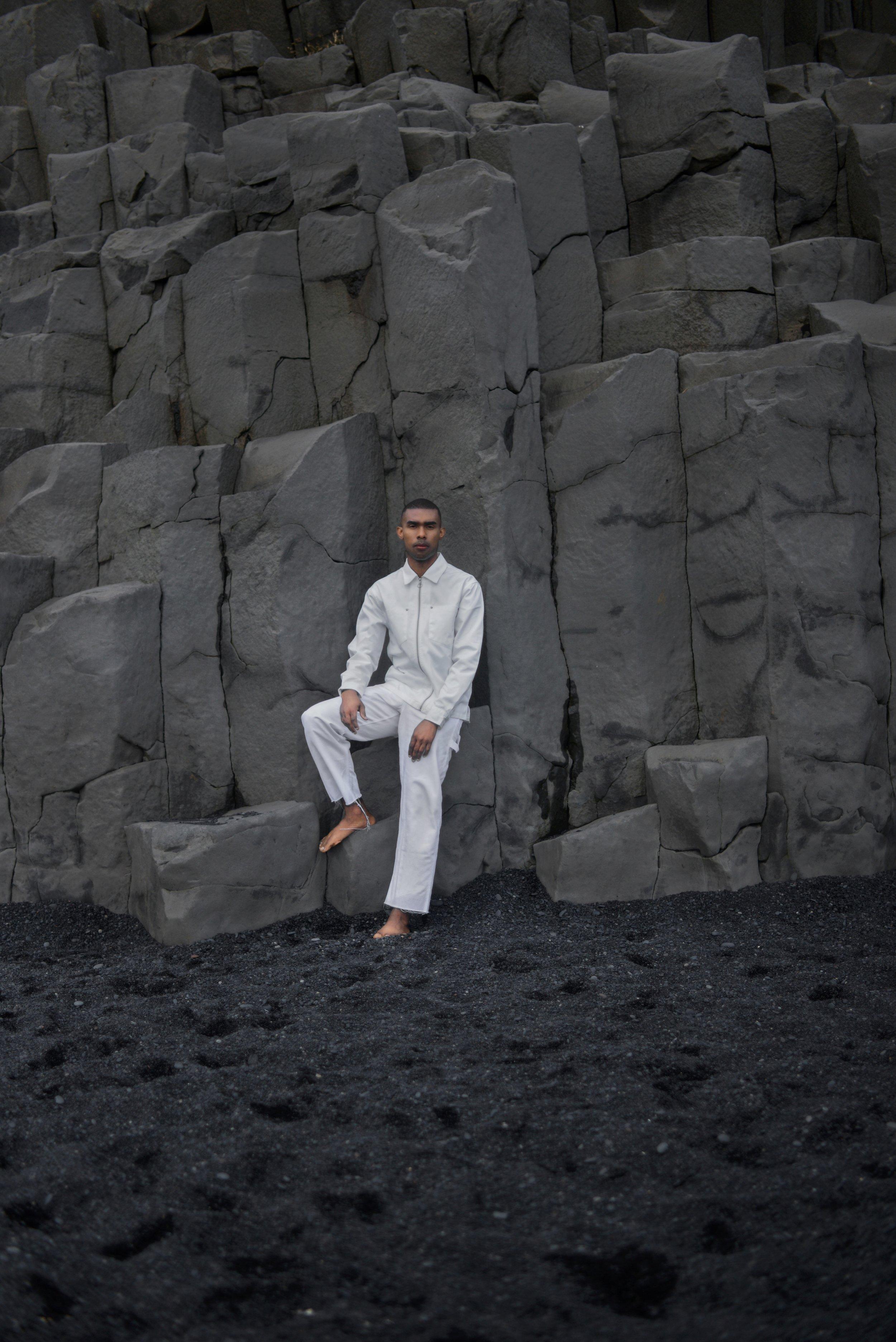 The-Look-Principle-Editorial-Reynisfjara-Beach-8.jpg
