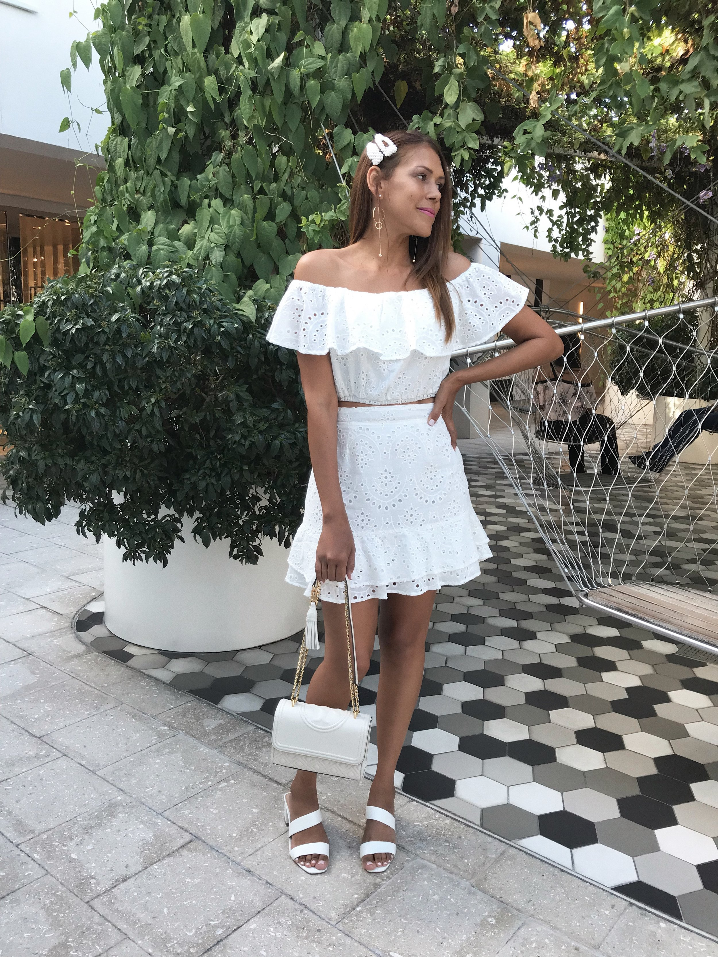 Lulus White set 2.JPG