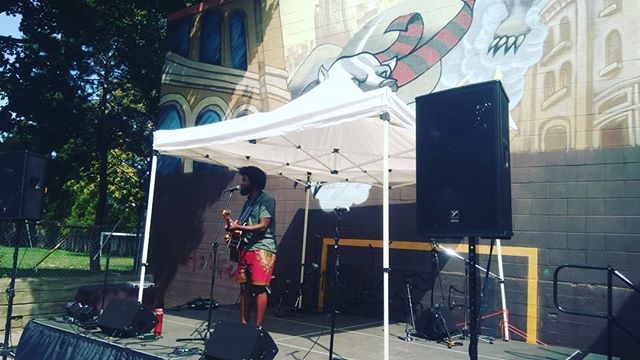 What a voice @dopeusmaximus has! 🎤 .. .. #renaissancemusic5 #renaissancemusic2018 #hamontmusic #summermusicfestival #hamont