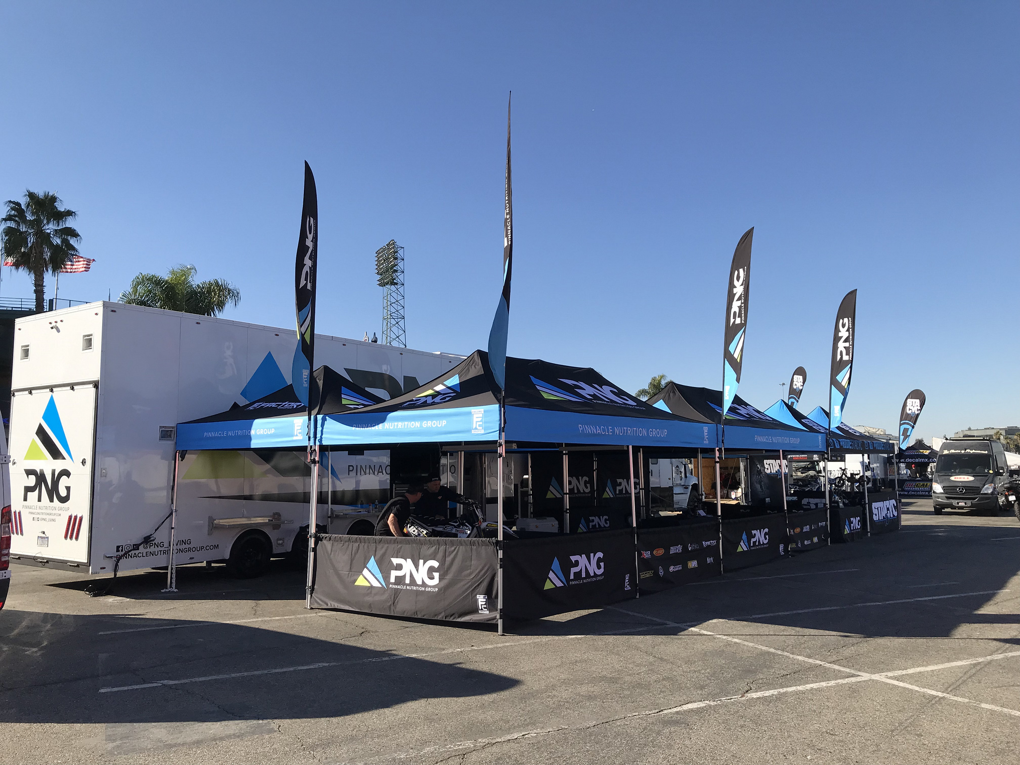 PNG 10 X 20's, Feather Flags, 10 X 3 Walls