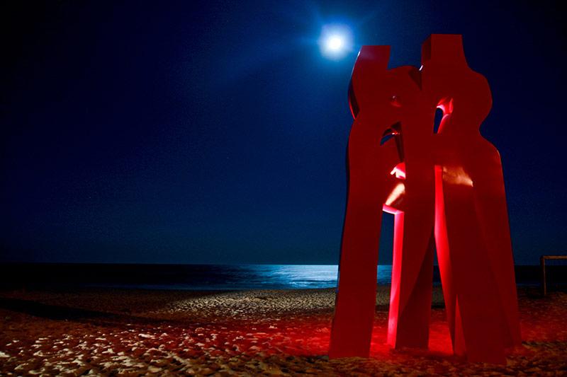 Liu Yonggang Embrace of Love