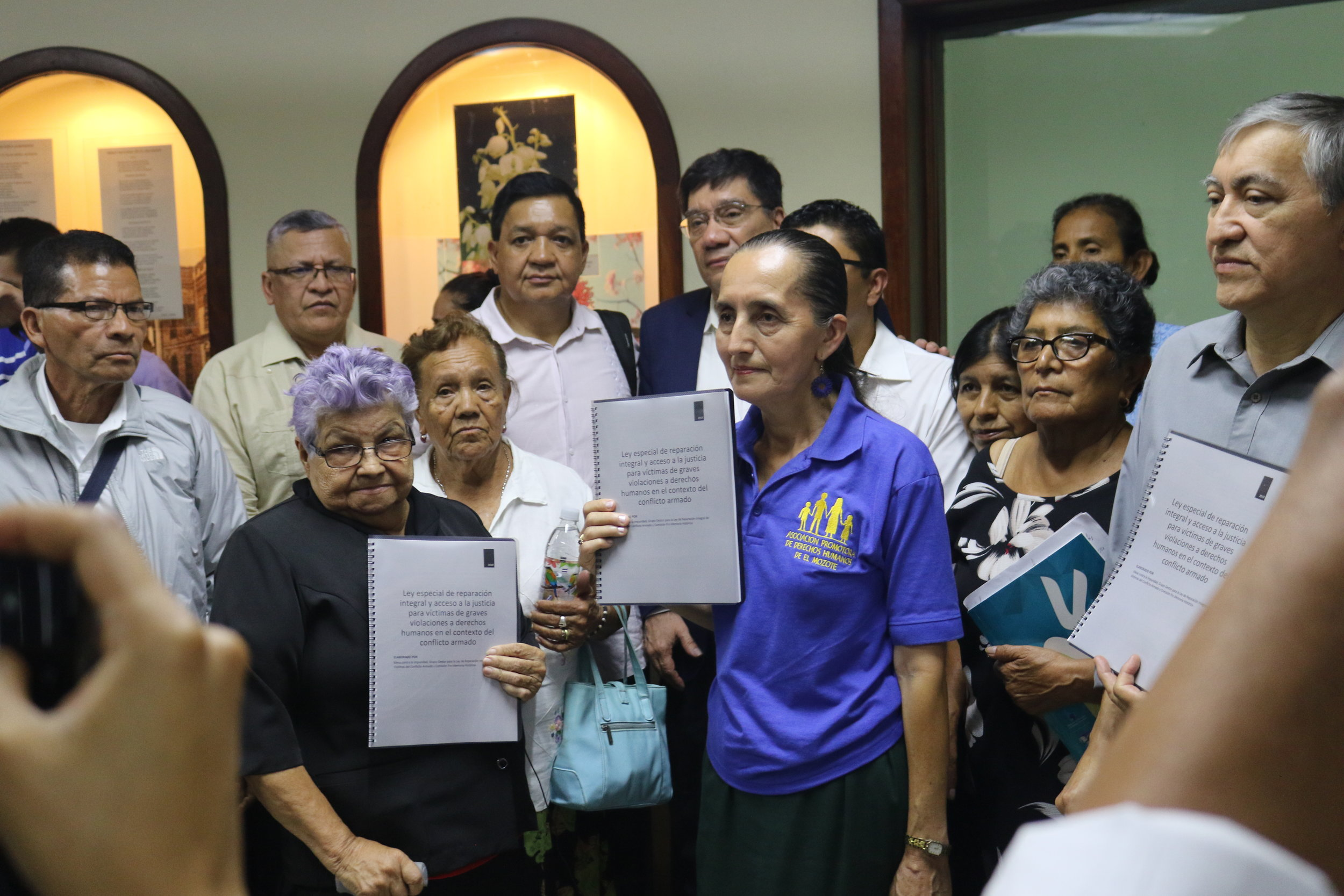 Victims and civil society organizations as they submit their law proposal in the Legislative Assembly.