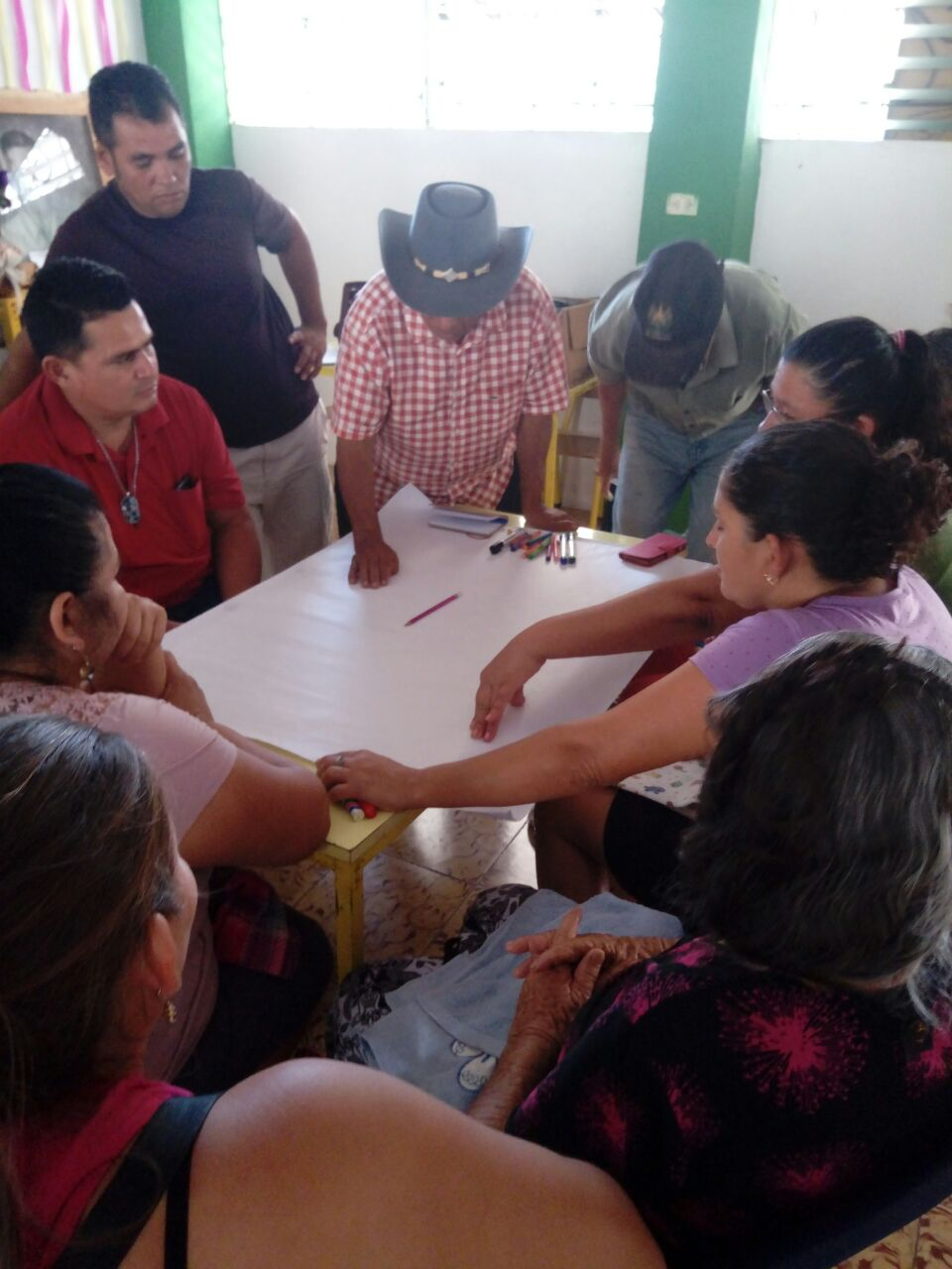 Workshops led by Katherine Arce with victims of the armed conflict in the department of Morazán, El Salvador.
