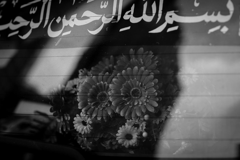 car-flower-arrangement-tahnia-roberts.jpg