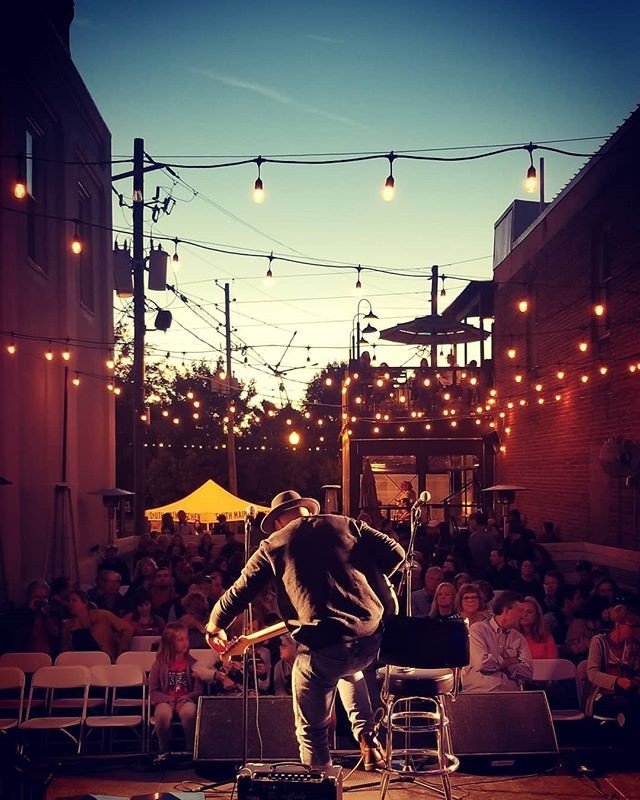 Amazing shot from @starr_angel of @alexguthrie!  We love Alpharetta and being a part of this amazing community.  More live music is coming to this stage on Saturday November 10th when @butcherandbrew has their 2nd Annual Butcher & Brew Fest!  Unlimited tastings from 23 Breweries, Live Music + more all to benefit @atlantahumane.  Buy your tickets now via link in bio or visit www.butcherandbrewfest.com