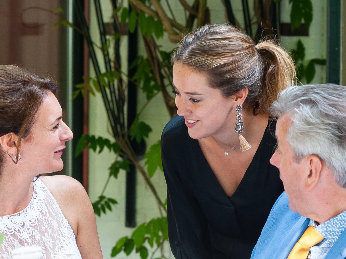 Weddingplanner Astrid staat voor jullie klaar - Vanaf het eerste contact tot en met de evaluatie begeleid Astrid jullie.