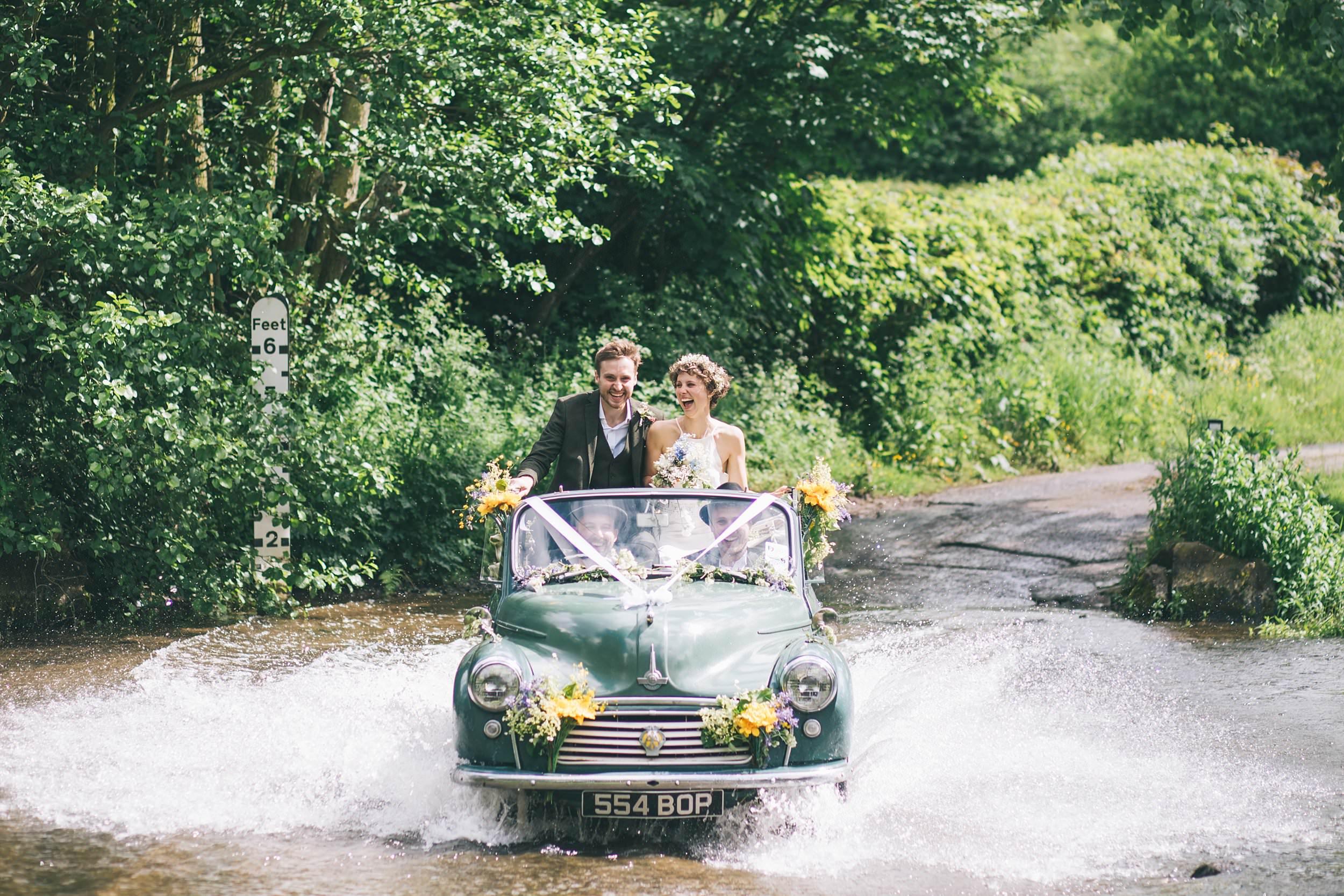 Cornwall wedding photographer Morris Minor