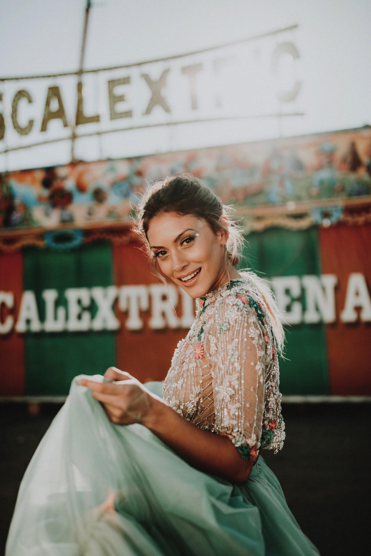 ernestovillalba-aliciarueda-bridalada-wedding-0092-ASE_feria_sevilla_bridalada_feriadeabril_weddingdress_aliciaruedaaltacostura_aliciarueda_moda_scalextric_parque_fashion_atracciones_de.jpg