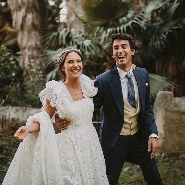 Motion & emotion ⚡️⚡️ WP @martinasecasa  Lugar @fincalosfresnos  Vestido @helenamareque  Tocado @luisbenitez78  Vídeo @cayuelavideos  #fincalosfresnos #weddingphotographer #fotografodebodas #destinationweddingsevilla #weddinginspiration #weddingplannerspain #spanishphotographer