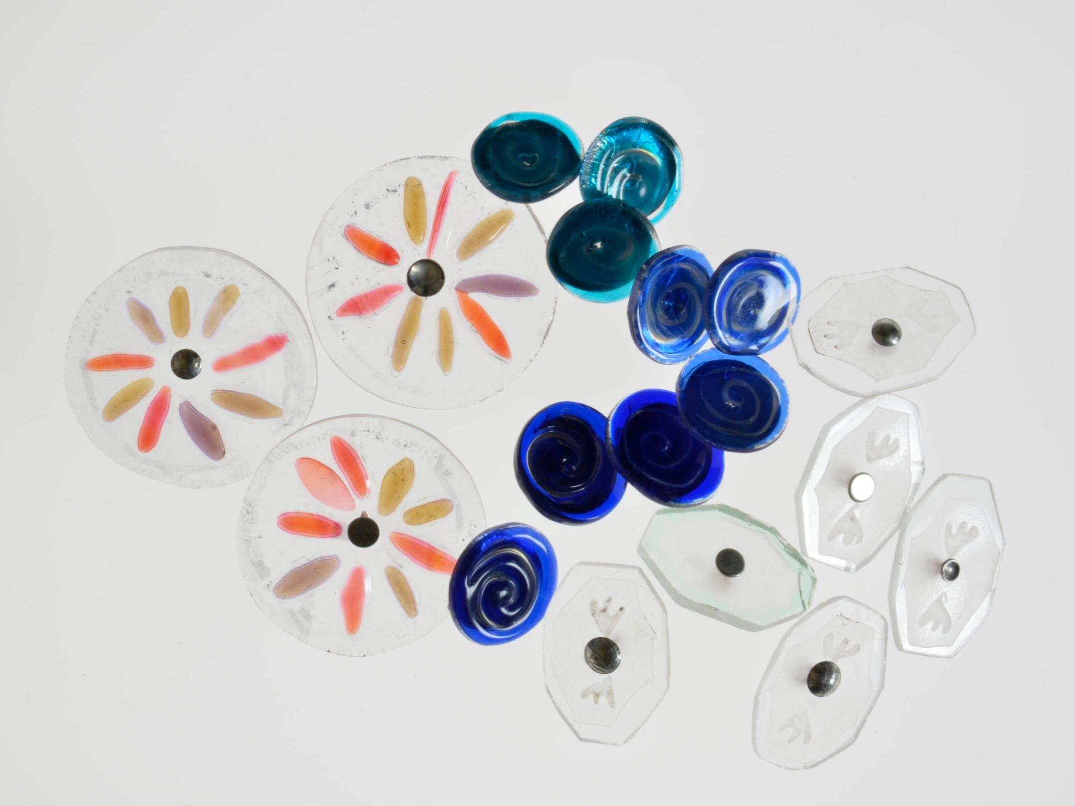 CHRISTINA DEMBINSKA: GLASS - GLASS BUTTONS