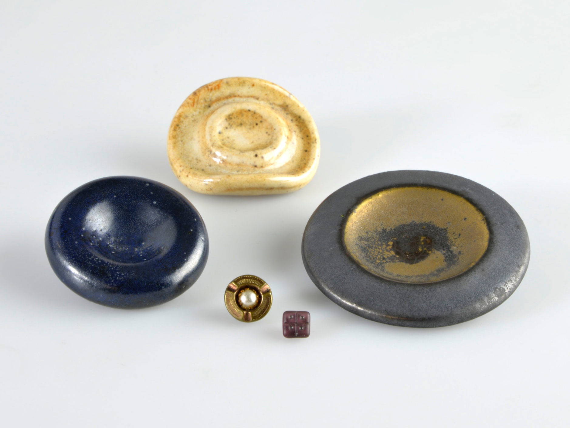 Lucie Rie and other Buttons