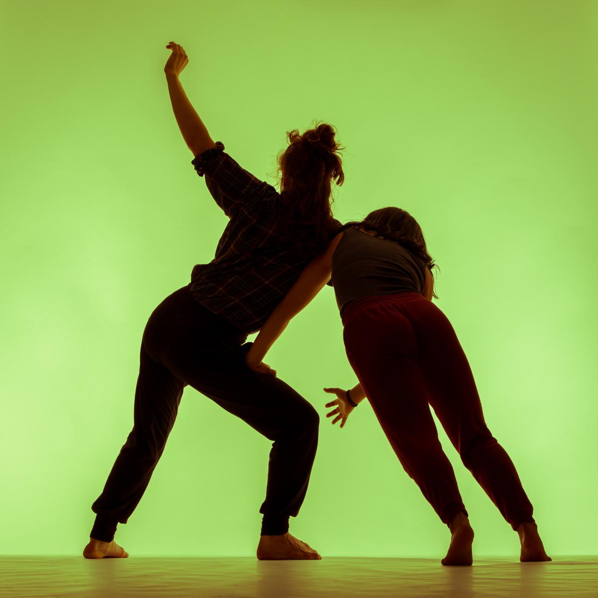 stephen-rusk-alexandra-pholien-leanne-vincent-contemporary-dance-18-10-11.jpg