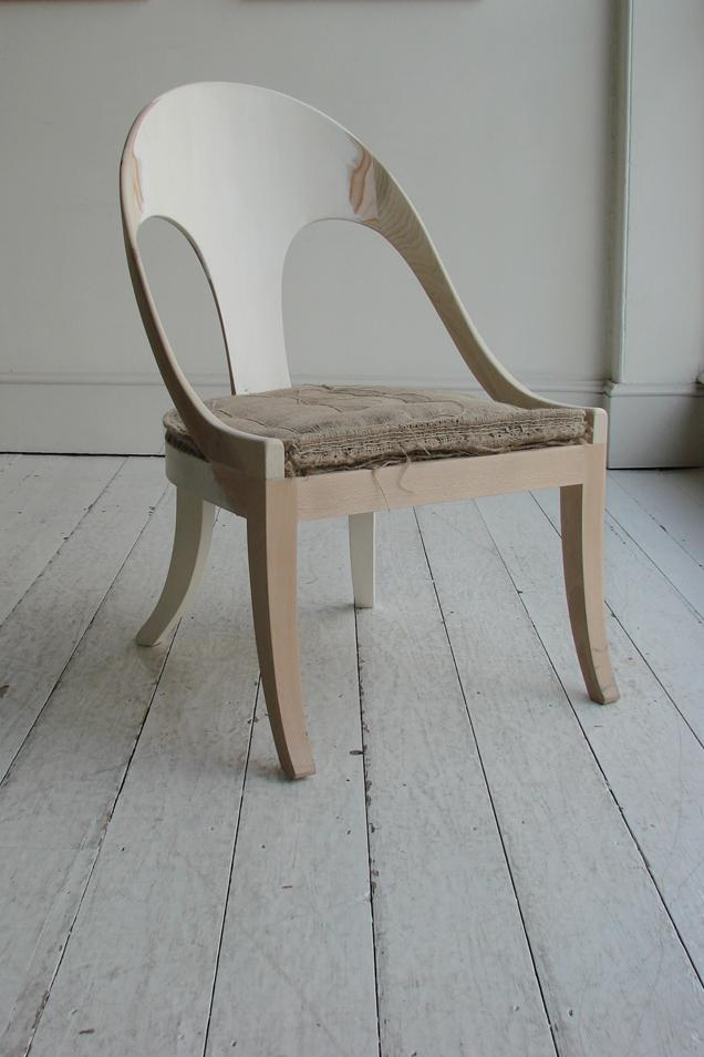 In the UK, John Boyd Textiles has continued the art of weaving textiles from horsehair since 1837. Howe's Roman chair wears just one of John Boyd's fashionable weaves. Courtesy John Boyd Textiles.