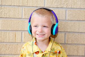 Child-Headphones-7241265000.jpg