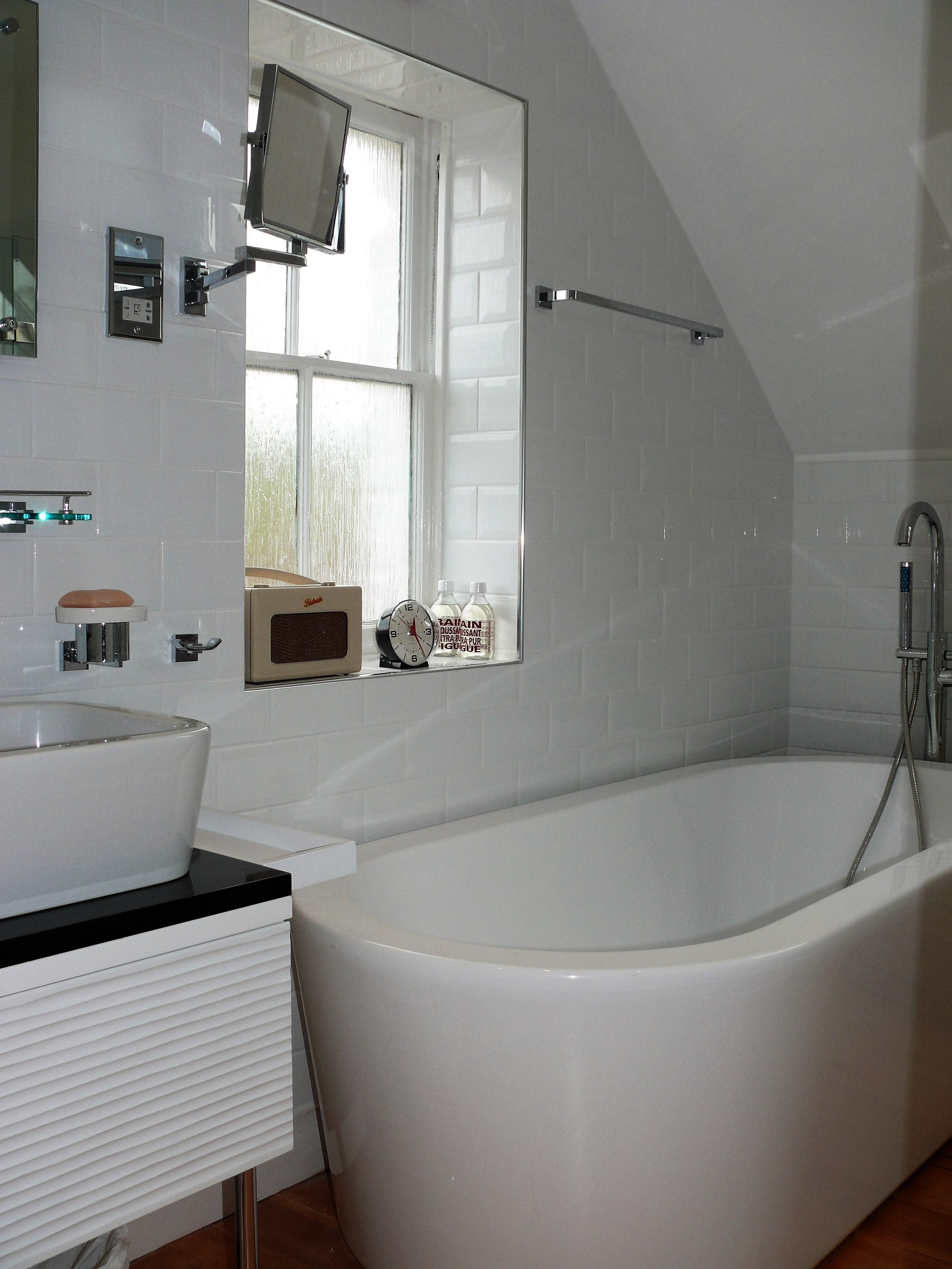 Cap Bathroom.jpg
