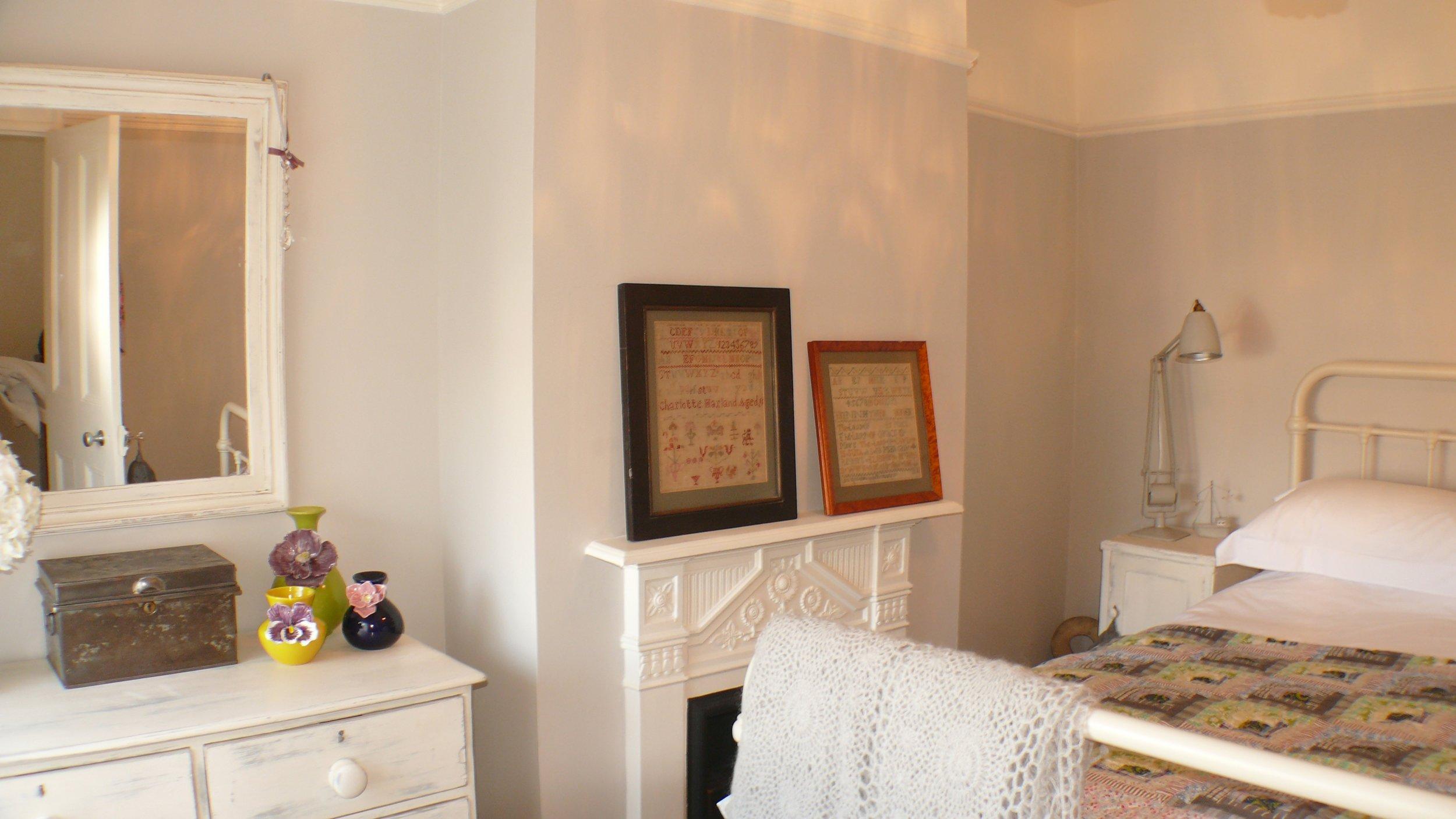 Sea View bedroom 2.jpg