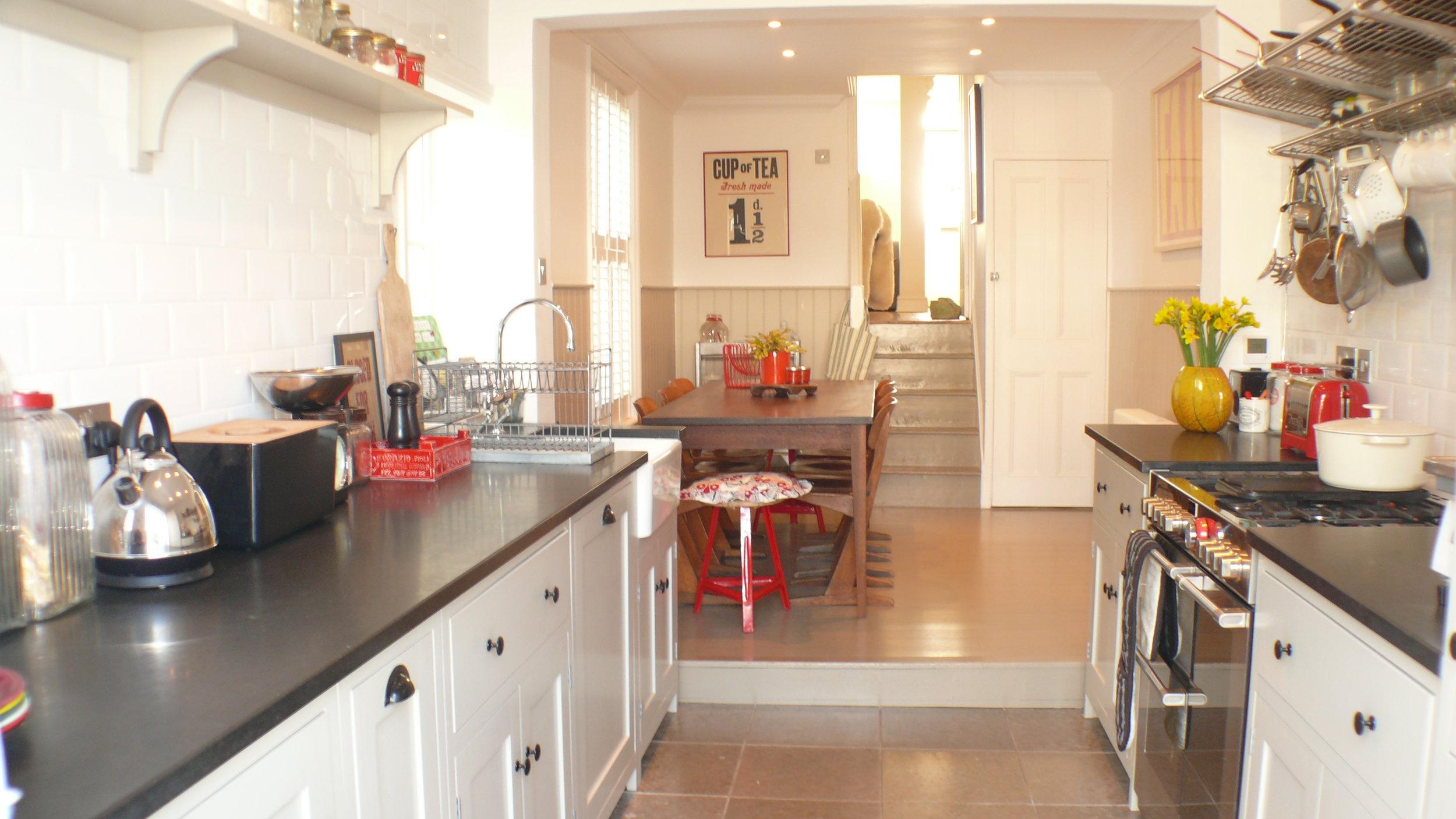 Sea View kitchen 1.jpg