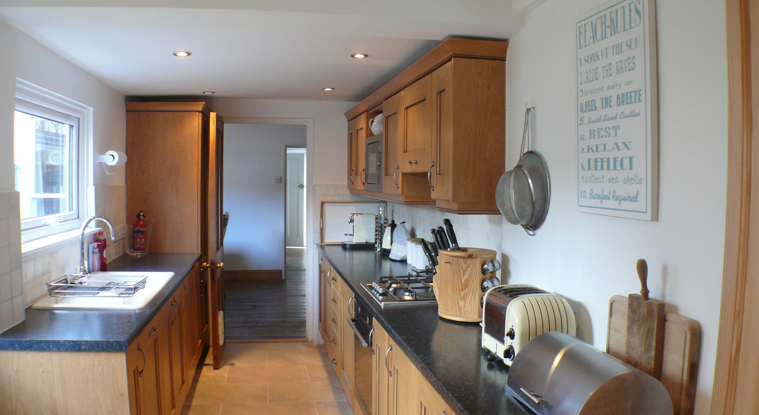 WH kitchen 2.jpg