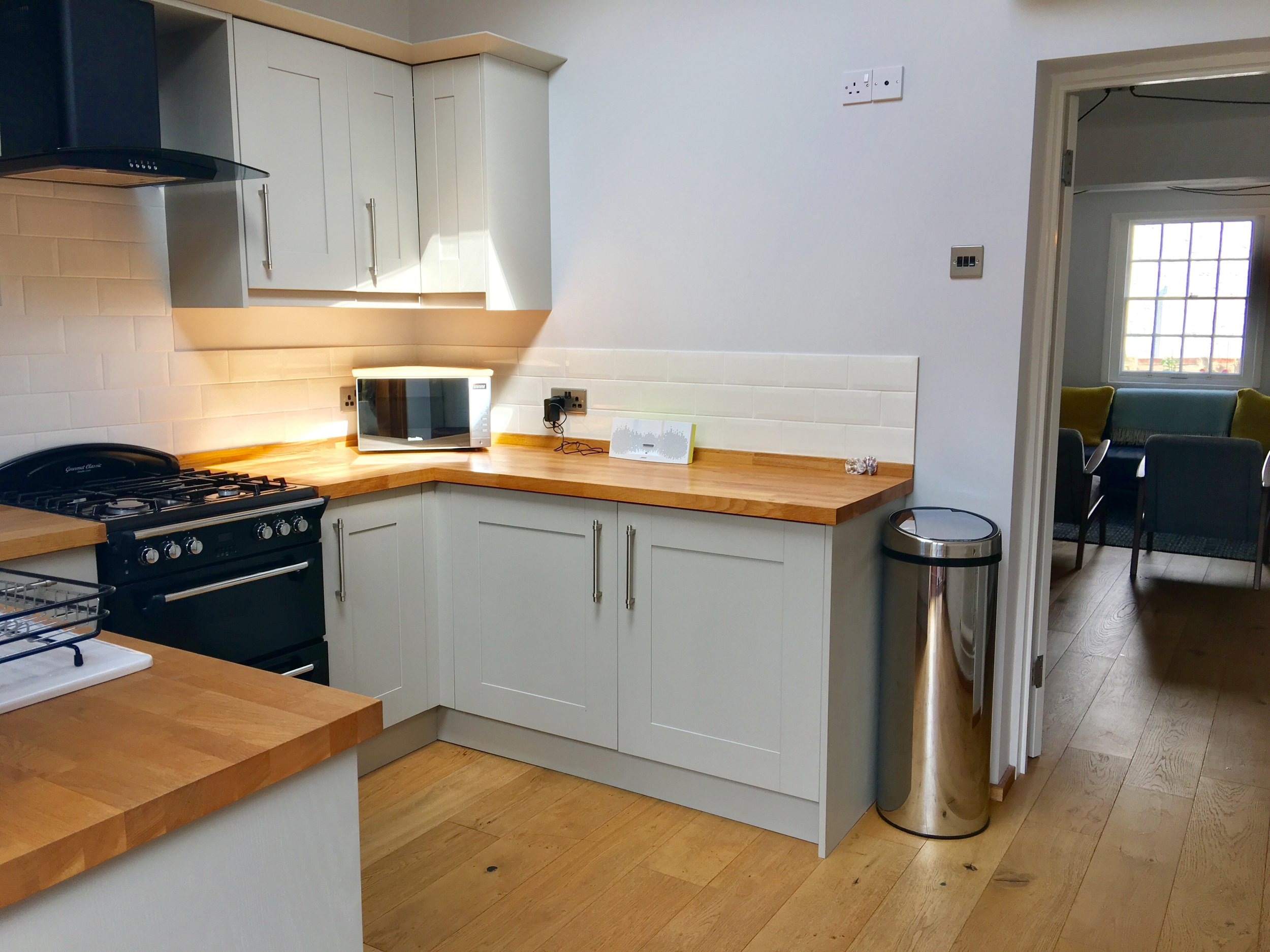 BA kitchen 1.jpg
